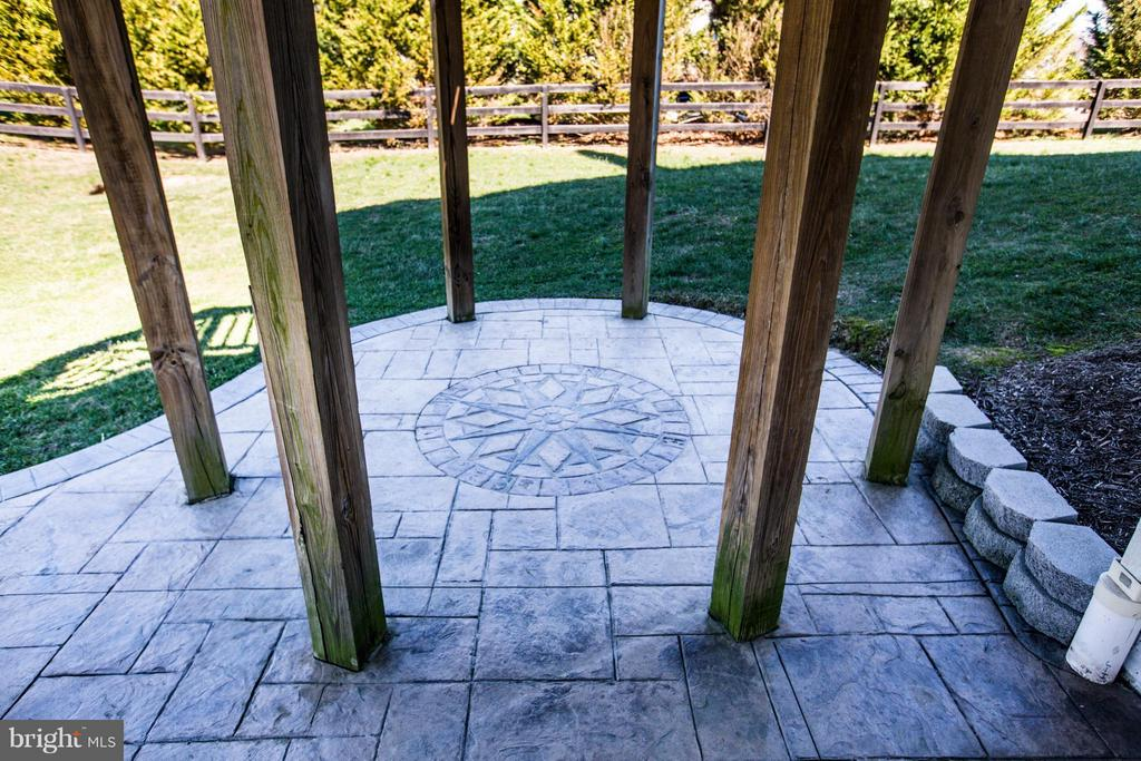Beautiful patio on lower level! - 190 THE VANCE WAY, FREDERICKSBURG
