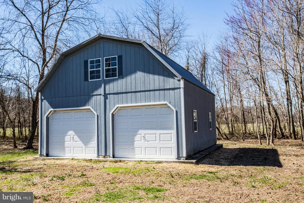 24x24, 2 story barn! - 190 THE VANCE WAY, FREDERICKSBURG