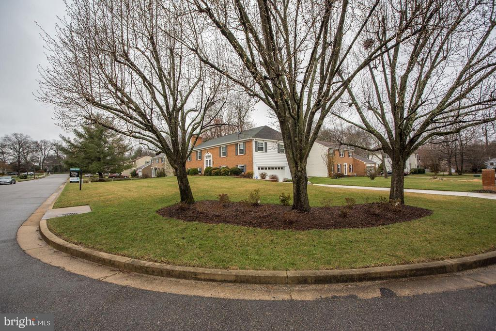 Great Curb Appeal! - 9324 HEATHER GLEN DR, ALEXANDRIA