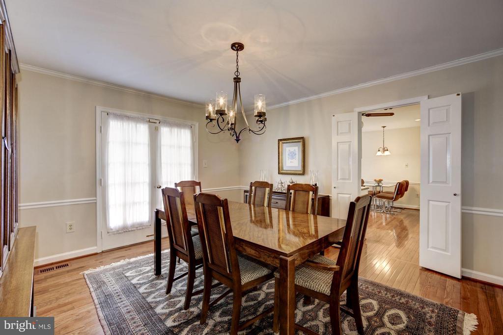 Dining Room with 2nd Door to Large Deck - 9324 HEATHER GLEN DR, ALEXANDRIA