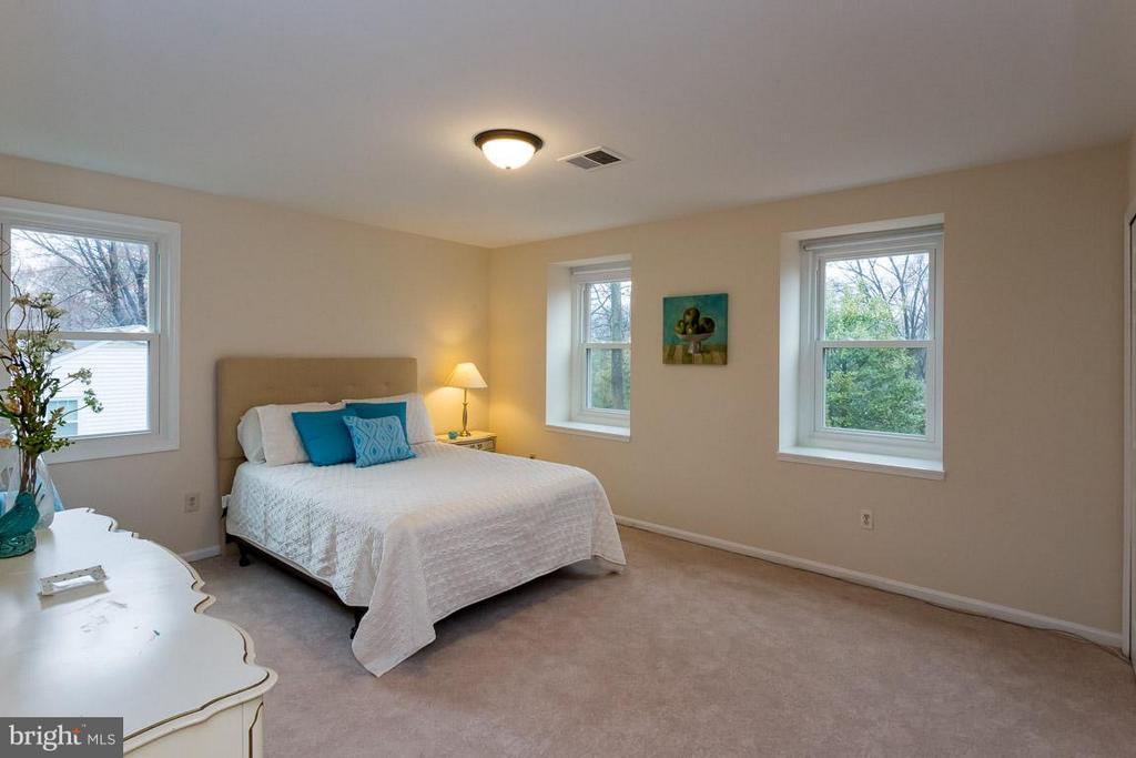 Bedroom 3 - 2527 HEATHCLIFF LN, RESTON