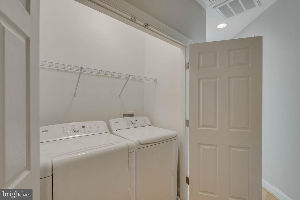 Laundry room on second level - 800 BRANCH DR, HERNDON