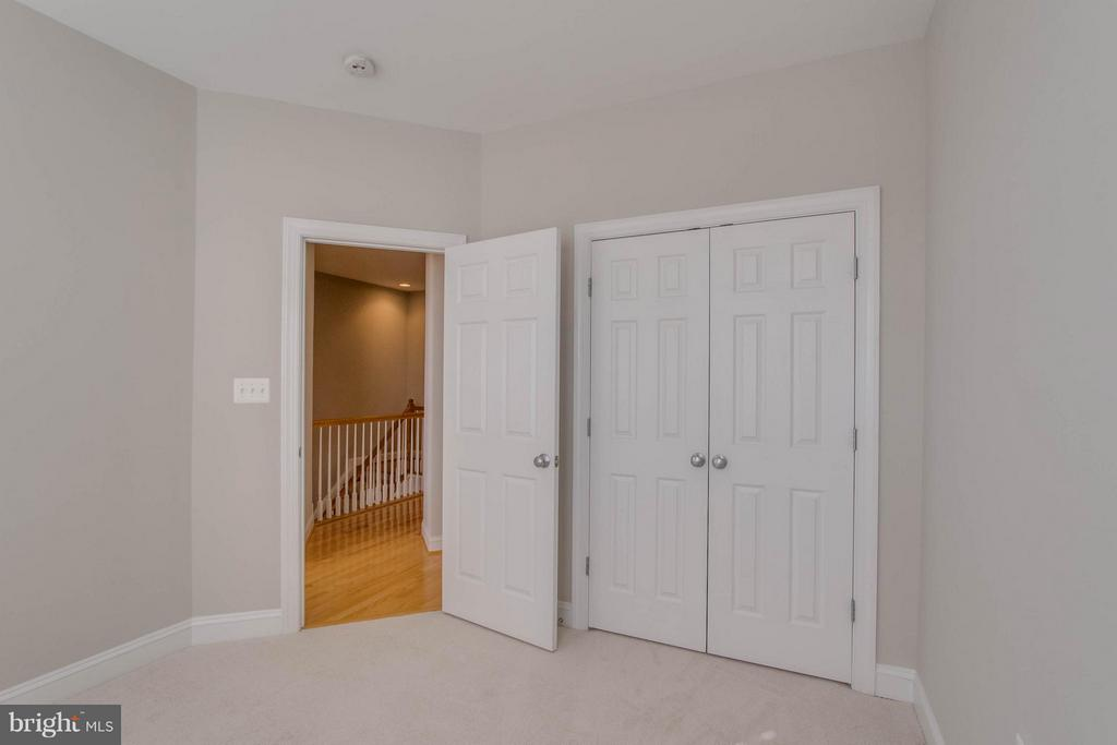 Bedroom - 800 BRANCH DR, HERNDON
