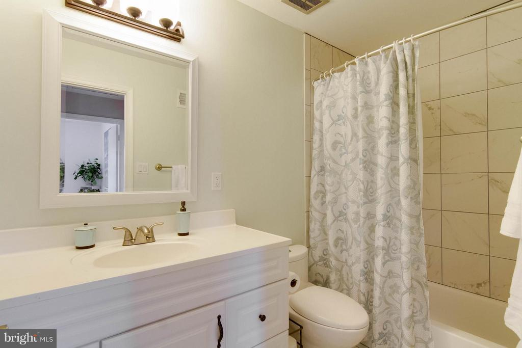 Upstairs Bath with updated shower. All renovated - 6058 TAMMY DR, ALEXANDRIA