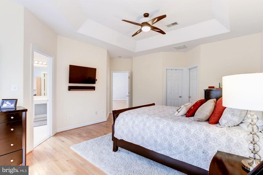 Bedroom (Master) - 3858 FARRCROFT DR, FAIRFAX
