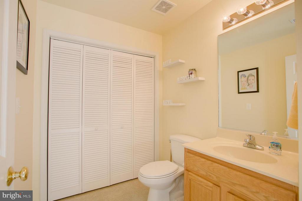 Lower Level Bathroom - 22 RIDGE RD, STAFFORD