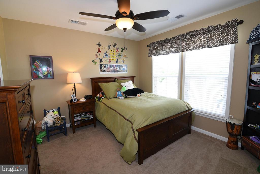 Bedroom 3 - 21275 FAIRHUNT DR, ASHBURN