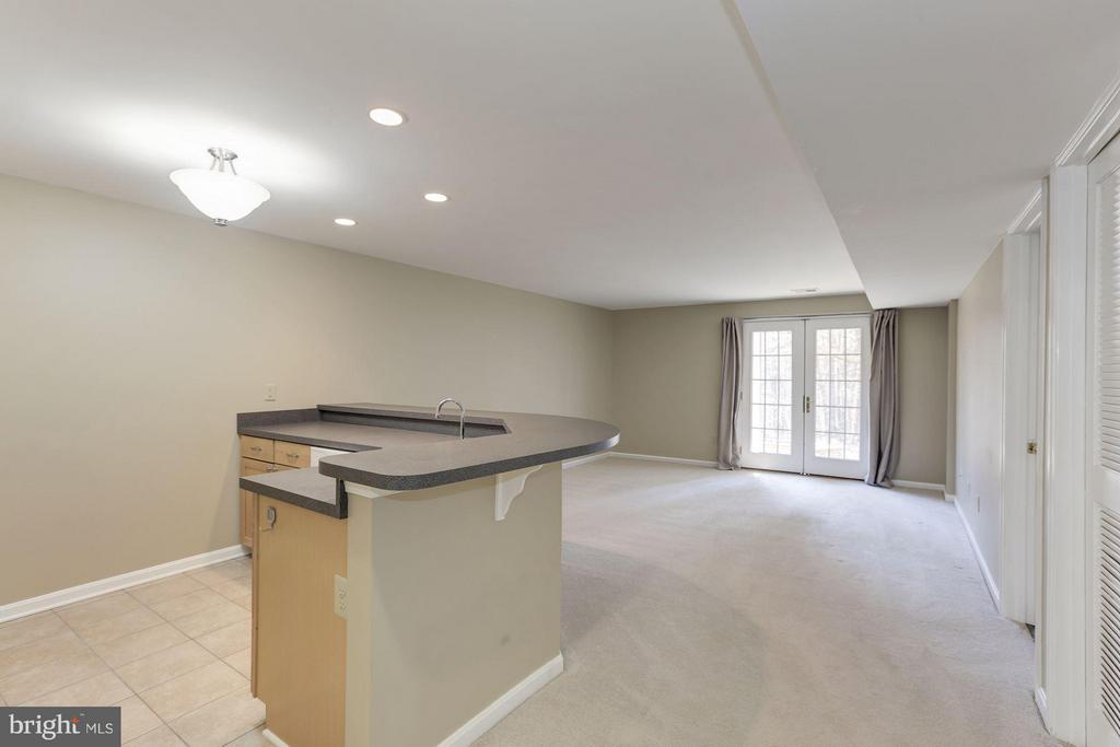 Family Room - 1528 DEER POINT WAY, RESTON
