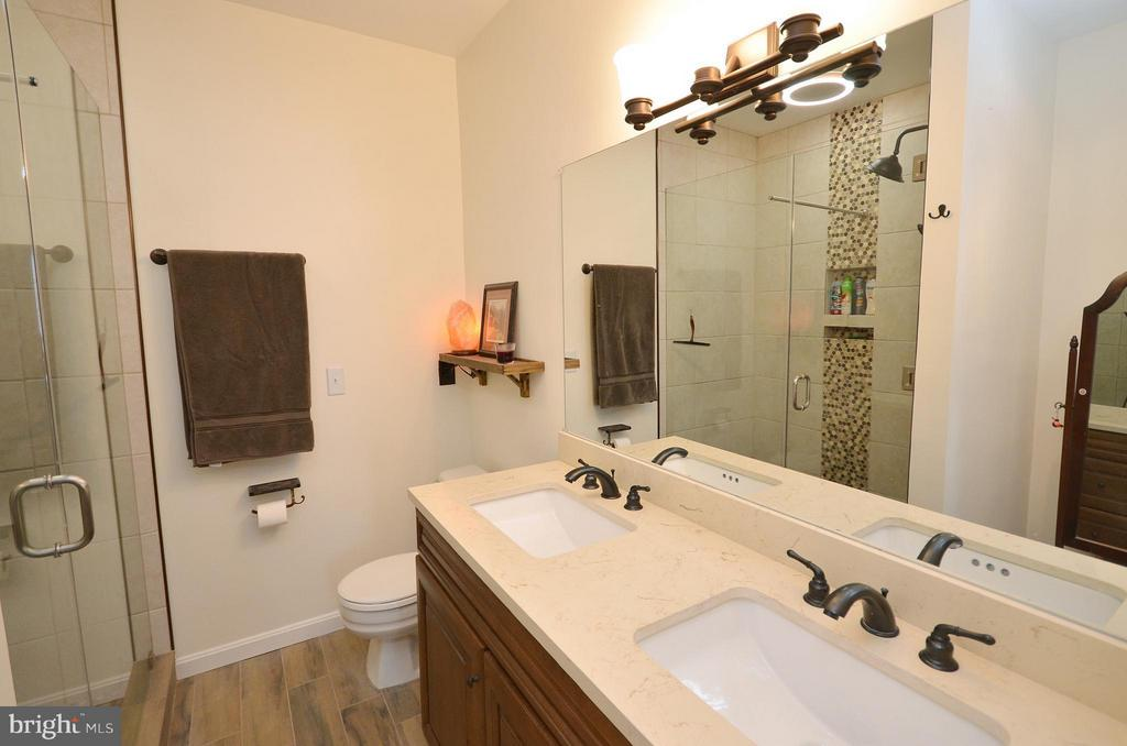 Completely Renovated Master Bathroom - 10168 OAKTON TERRACE RD #10168, OAKTON