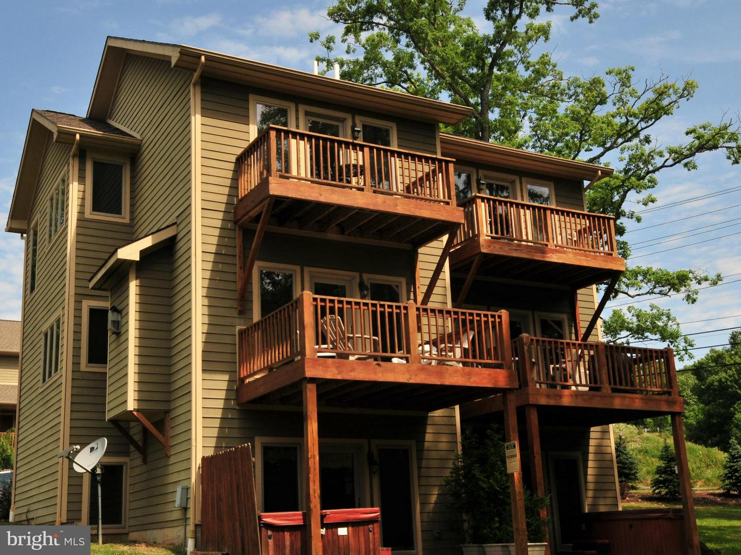 Photo of home for sale at 15 Cedar Creek Drive, Mc Henry MD