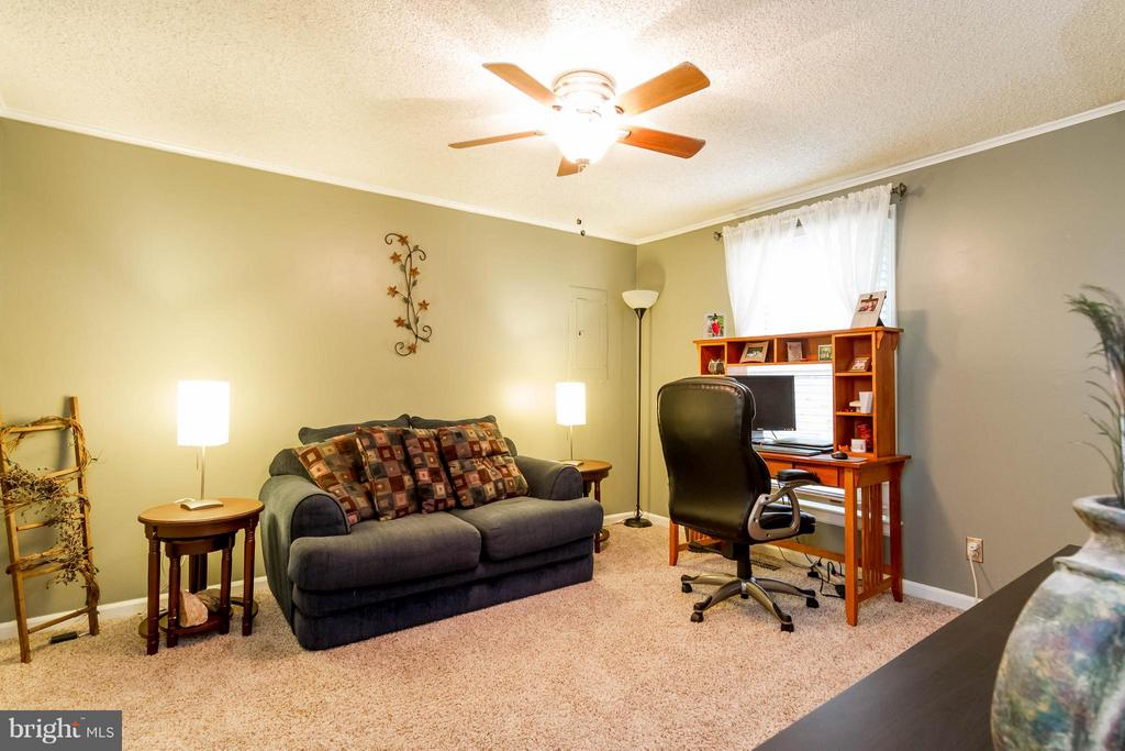 Main level BR #2  or a private office - 18909 RED OAK LN, TRIANGLE