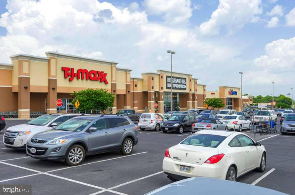 Convenient, nearby shopping - 108 CHARDIN CT, MARTINSBURG