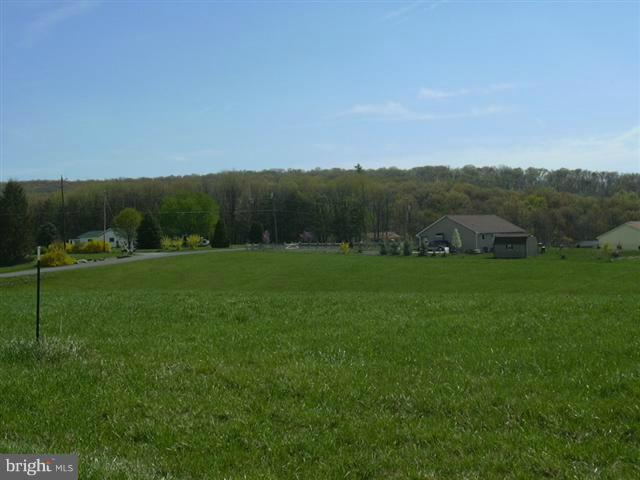 Additional photo for property listing at 8 Sleepy Meadows  Augusta, West Virginia 26704 United States