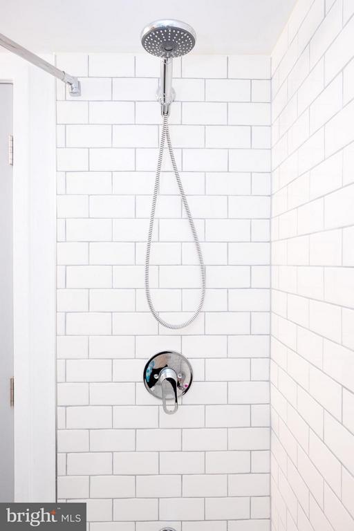 Bath (Master) - 2242 CASTLE ROCK SQ #2B, RESTON