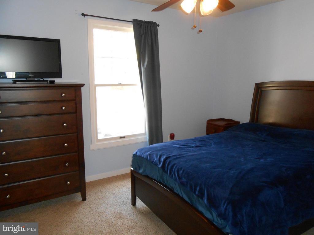 Bedroom 3 - 200 BEACON CV, STAFFORD