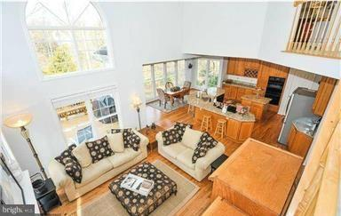 Family Room - 13501 PORTAGE PL, CENTREVILLE