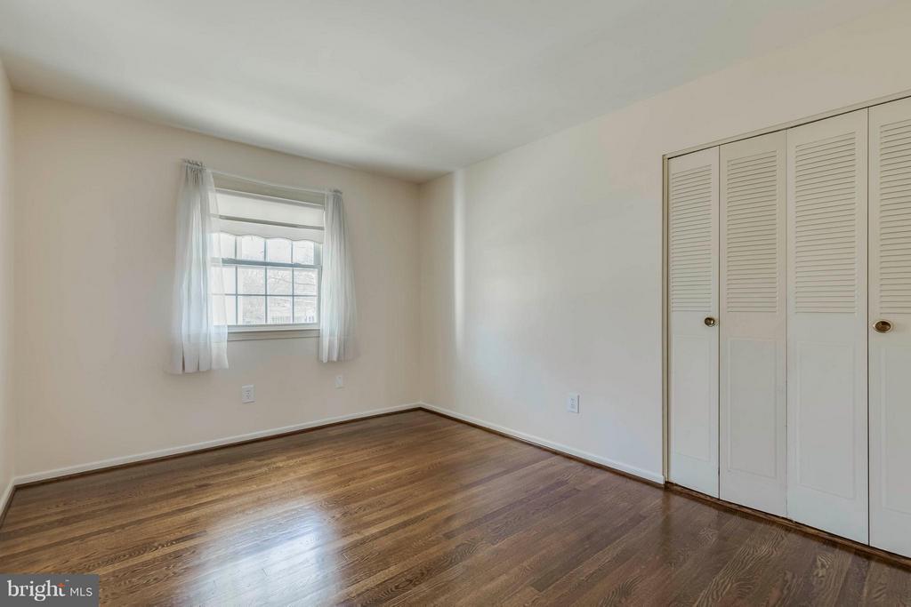 Bedroom #3 - 9130 CHERRYTREE DR, ALEXANDRIA