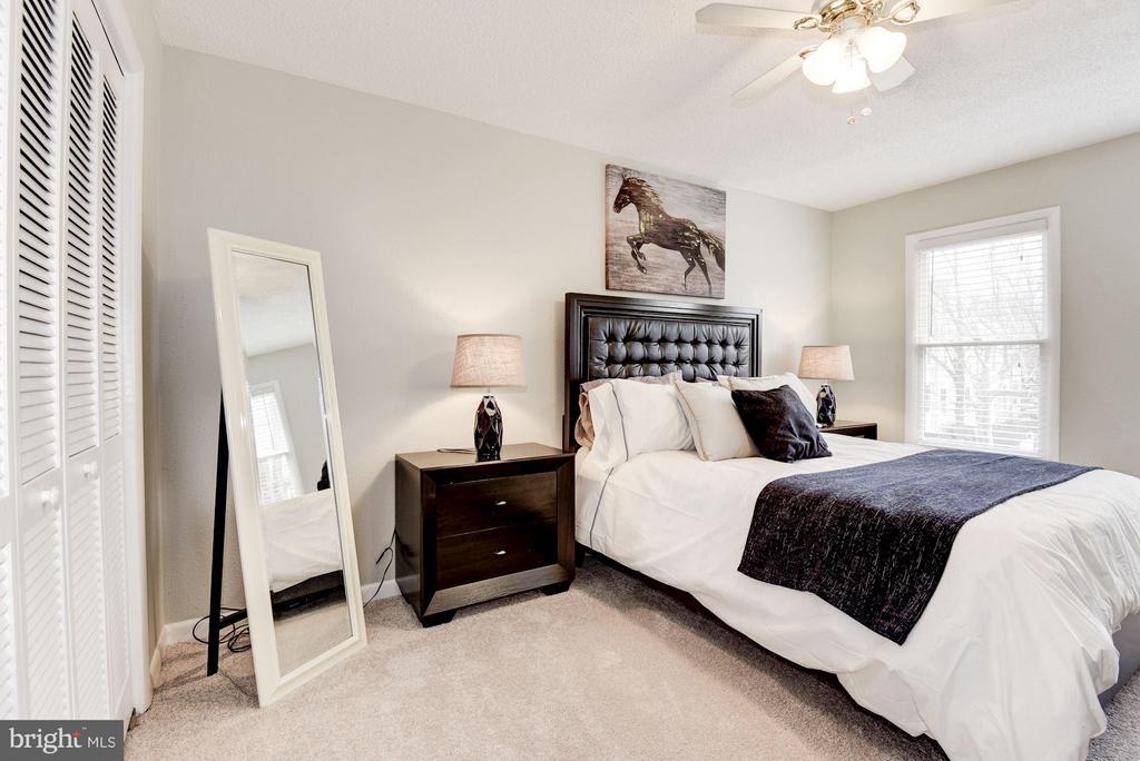 Master Bedroom - 11161/2 PRINCESS ST, ALEXANDRIA