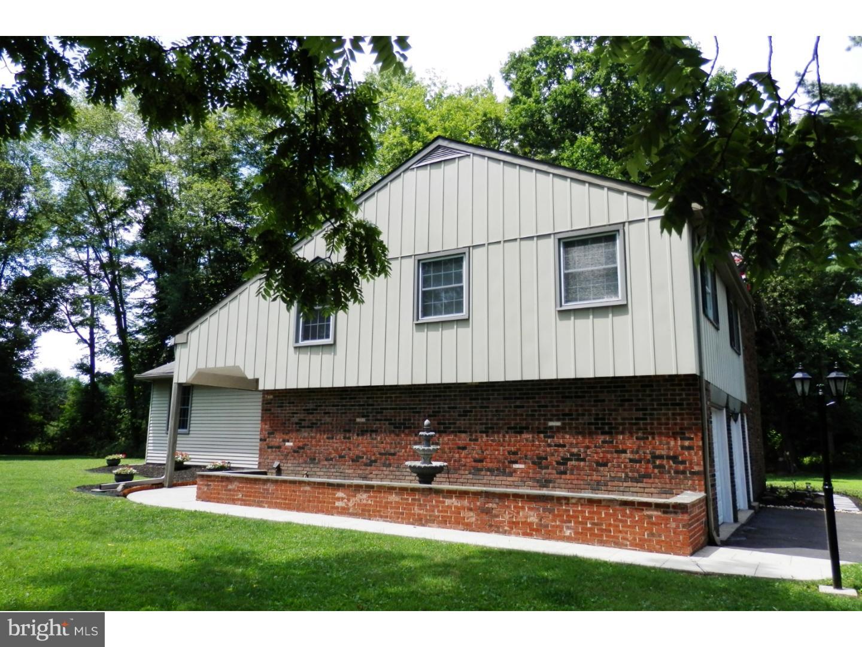 Villa per Affitto alle ore 526 CEDAR HILL Road Ambler, Pensilvania 19002 Stati Uniti