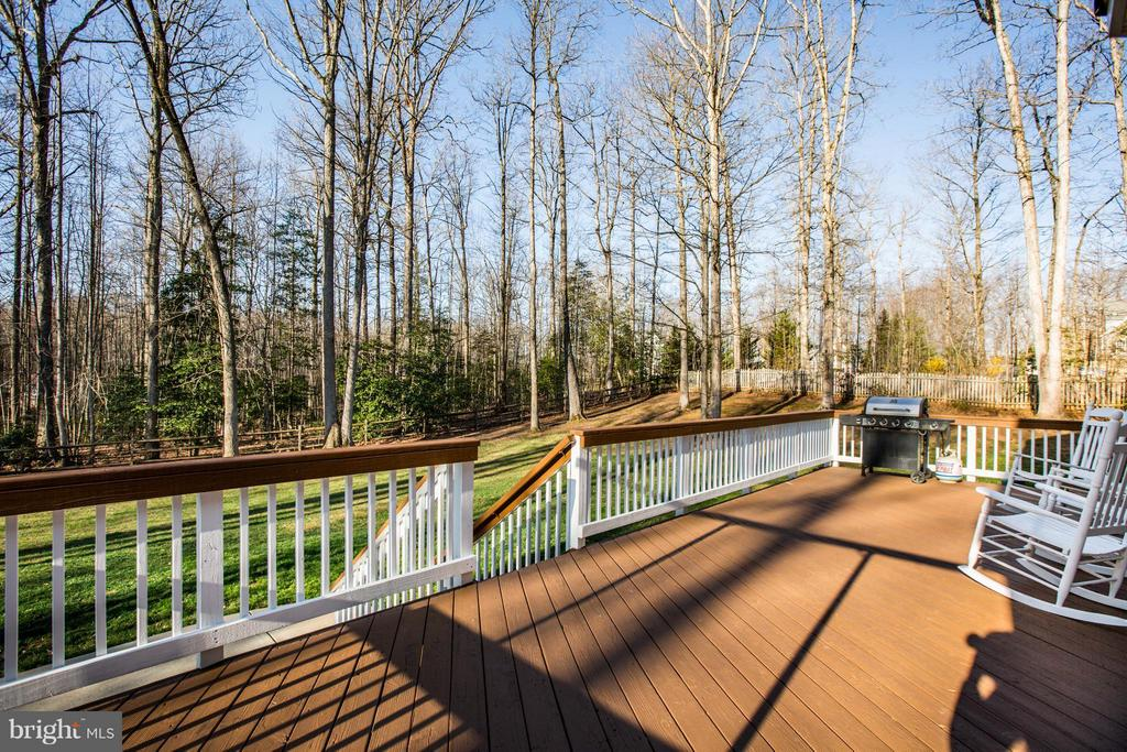 Outdoor living at its best! Large wraparound deck - 229 SAINT MARYS LN, STAFFORD