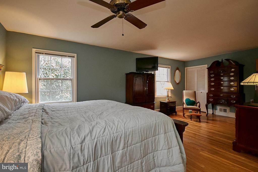 Bedroom (Master) - 4218 HOLBORN AVE, ANNANDALE