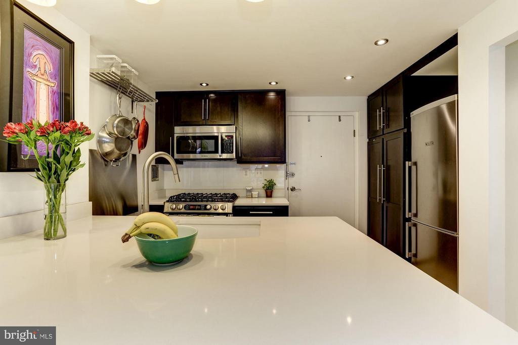 Kitchen - 922 24TH ST NW #118, WASHINGTON