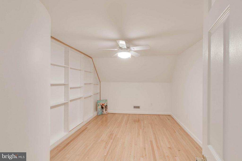 Bedroom - 3353 STAFFORD ST #B1, ARLINGTON