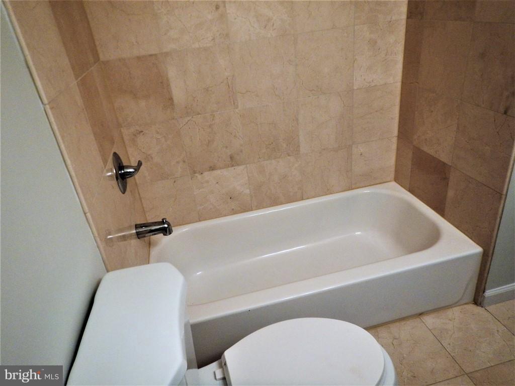 Bath - 3121 MCGEORGE TER, ALEXANDRIA