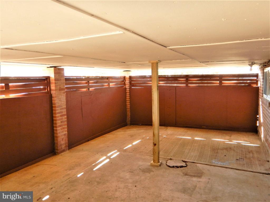 STORAGE UNDER DECK) - 3121 MCGEORGE TER, ALEXANDRIA