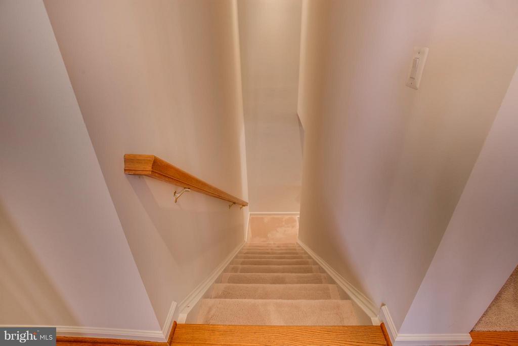 Basement Stairway - 30 ASPEN HILL DR, FREDERICKSBURG