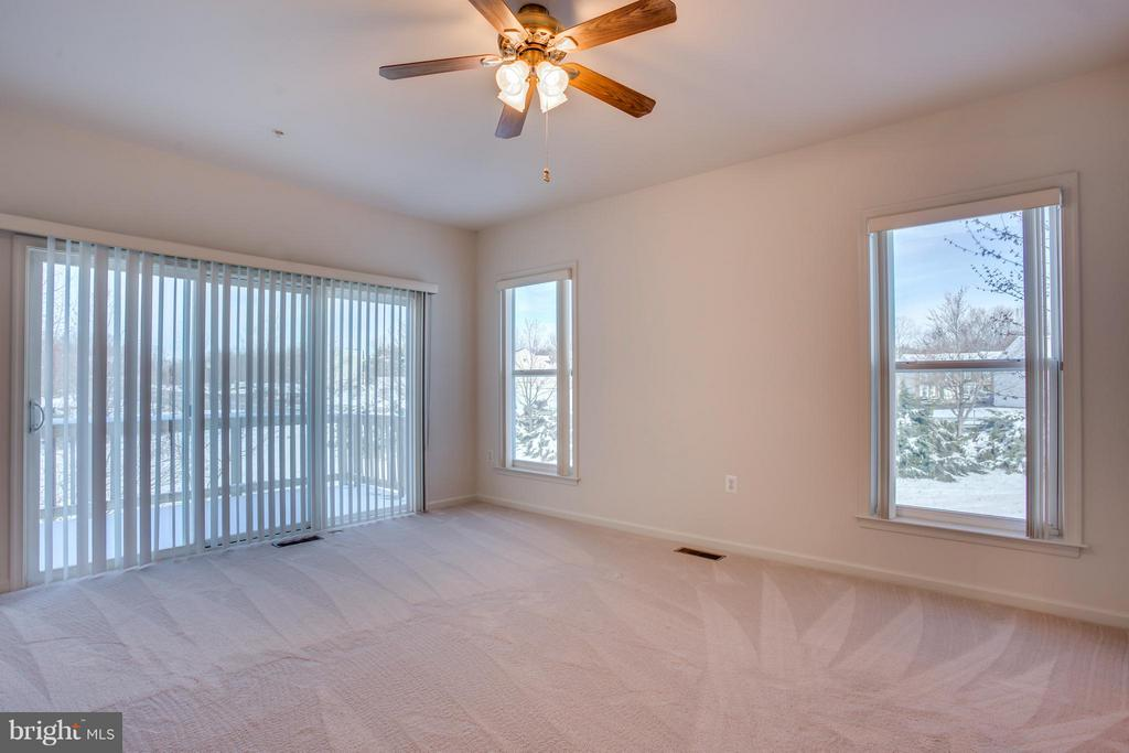 Sliding Glass Door, Ceiling Fan - 30 ASPEN HILL DR, FREDERICKSBURG