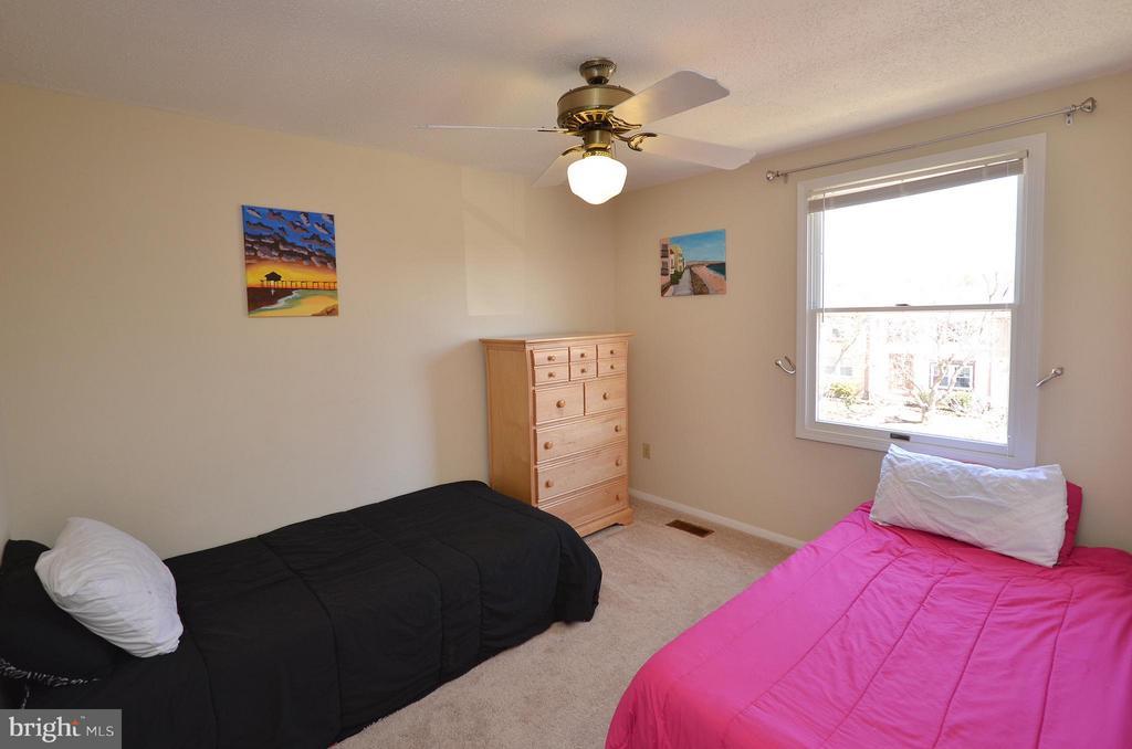 Bedroom 2 - 5326 LAROCHELLE CT, ALEXANDRIA