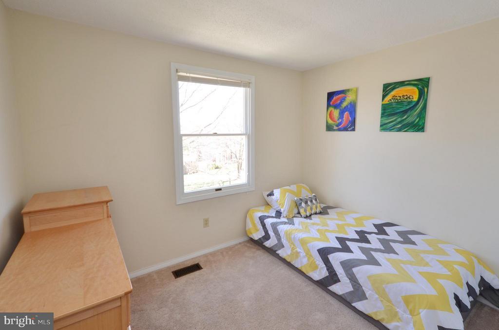 Bedroom 3 - 5326 LAROCHELLE CT, ALEXANDRIA