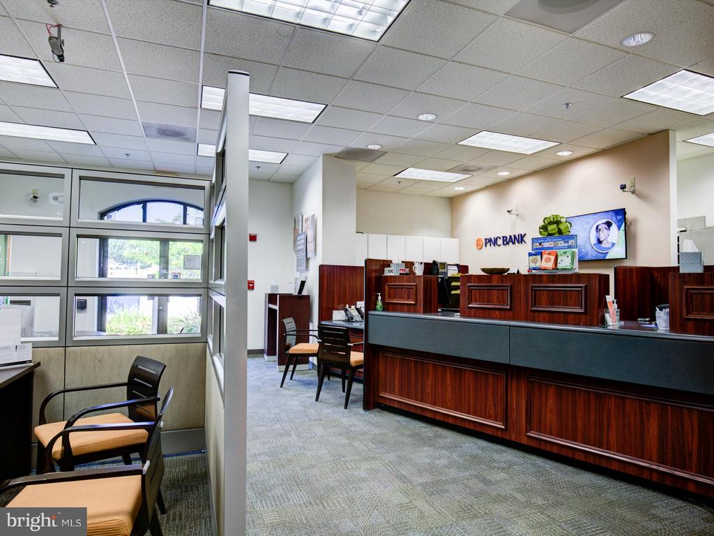 Community Bank - 19365 CYPRESS RIDGE TER #1001, LEESBURG