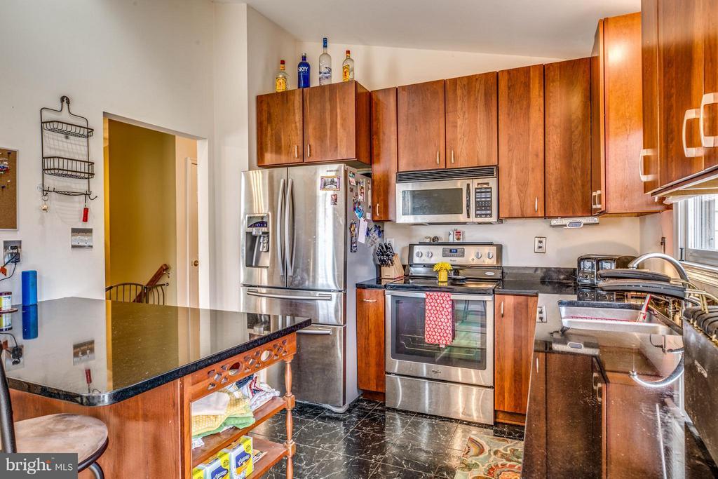 Kitchen - 12907 DUBIN DR, SPOTSYLVANIA