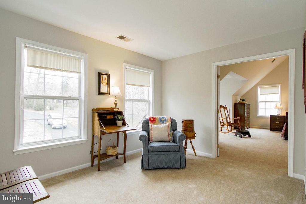 Bedroom (Master) Sitting Room - 13380 GANDALL CT, MANASSAS