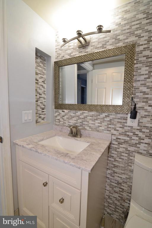Bath - 44237 LITCHFIELD TER, ASHBURN