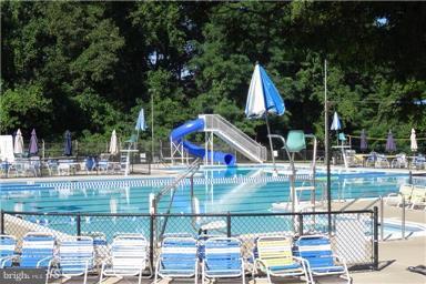 Community pool - 3205 TRAVELER ST, FAIRFAX