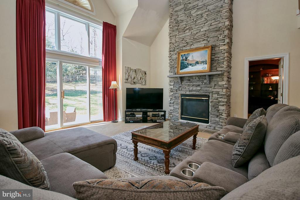 Two=Story Stone Fireplace - 9322 OLD BURKE LAKE RD, BURKE