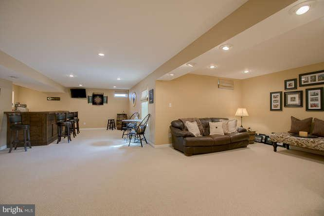 ~ Bright and Perfect ~ - 37 KINROSS DR, STAFFORD