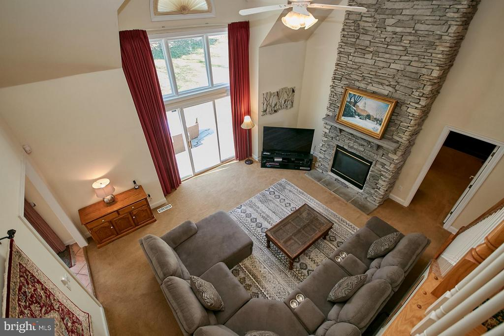 View to Family Room from Upper Level - 9322 OLD BURKE LAKE RD, BURKE