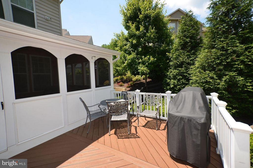 Composite Deck with Stairs to Paver Patio - 22344 HARRIER LN, LEESBURG