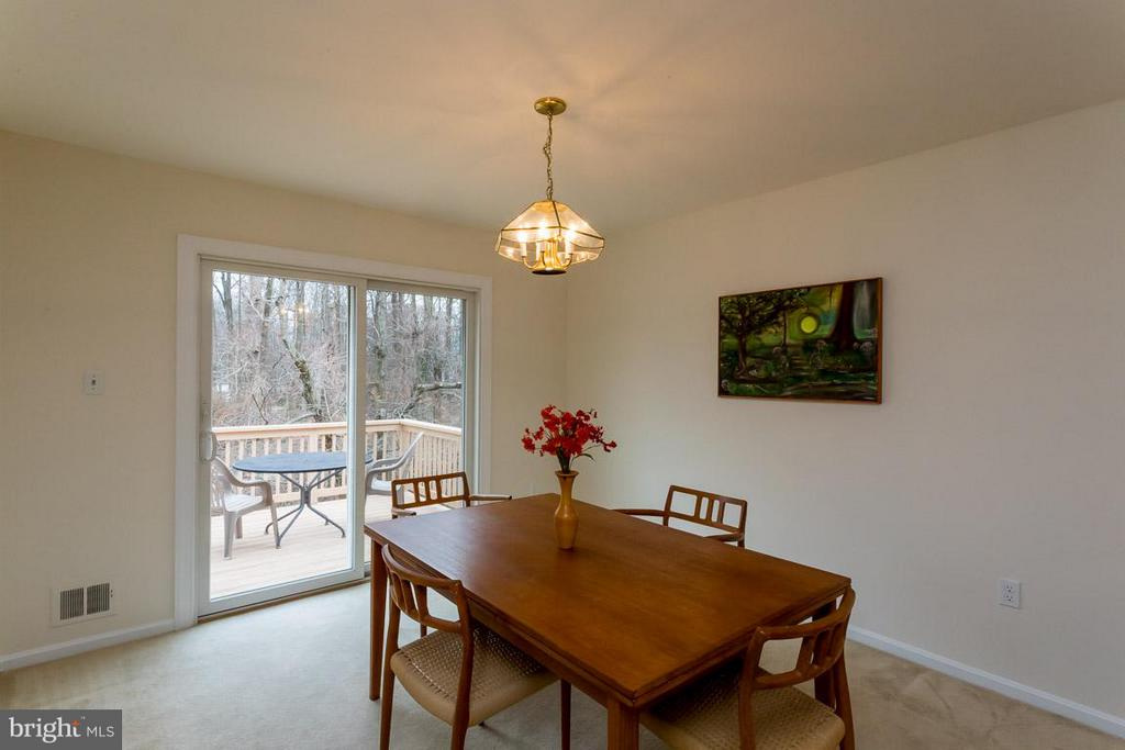 Dining Room with sliding glass doors to deck - 2328 MALRAUX DR, VIENNA