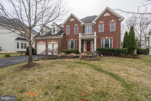 3811 BELL MANOR CT