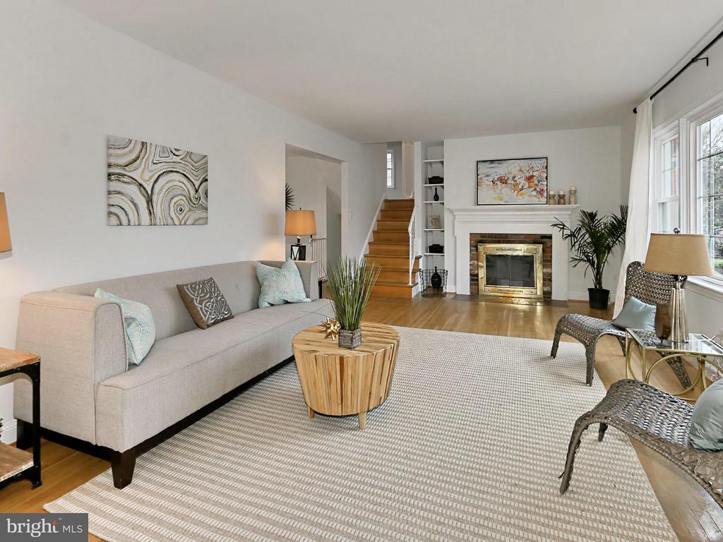 Living Room - 5005 NINIAN CT, ALEXANDRIA