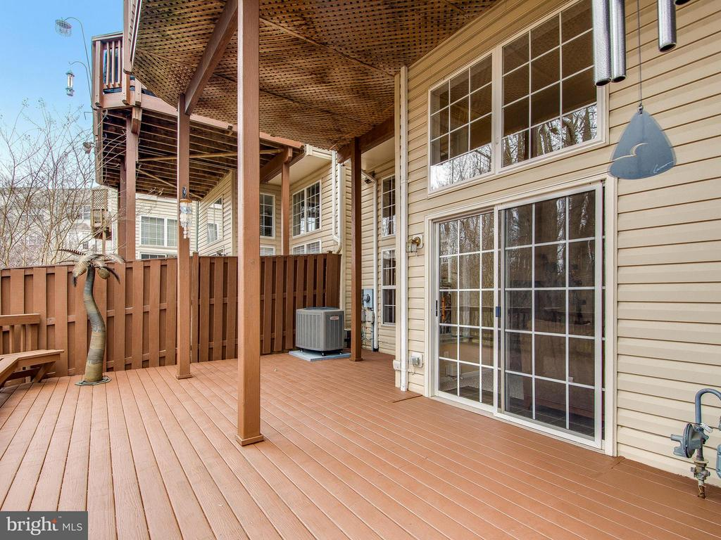Lower level deck - 5637 GOVERNORS POND CIR, ALEXANDRIA