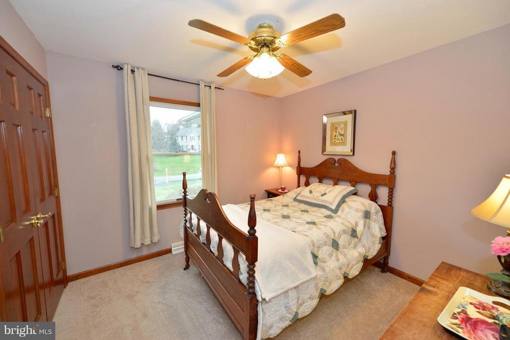 Second Bedroom - 450 DEER MOUNTAIN DR, HARPERS FERRY