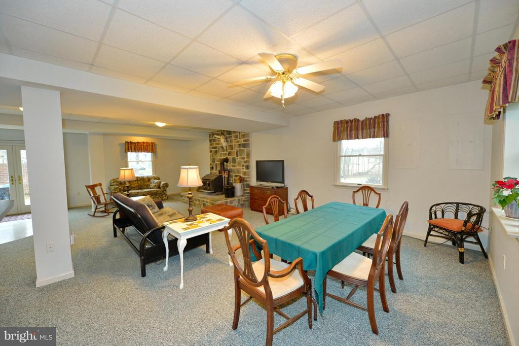 Recreation Room Full View - 450 DEER MOUNTAIN DR, HARPERS FERRY