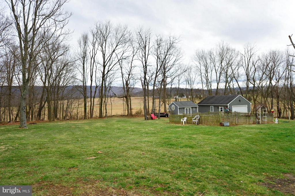Back Yard - 450 DEER MOUNTAIN DR, HARPERS FERRY