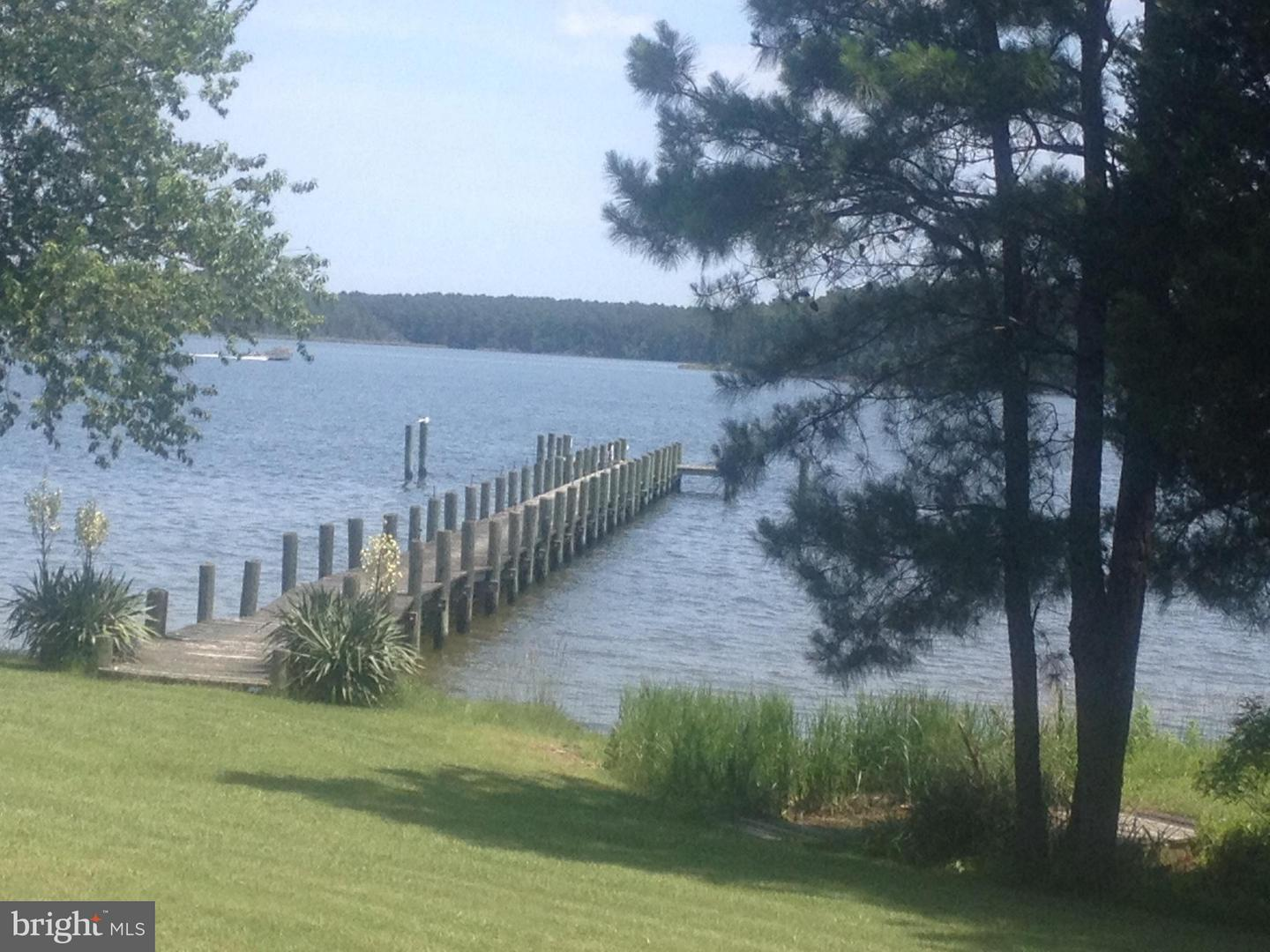 Land for Sale at 17218 Piney Point Rd Piney Point, Maryland 20674 United States